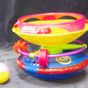 B07: Fisher Price Spinning Top with balls