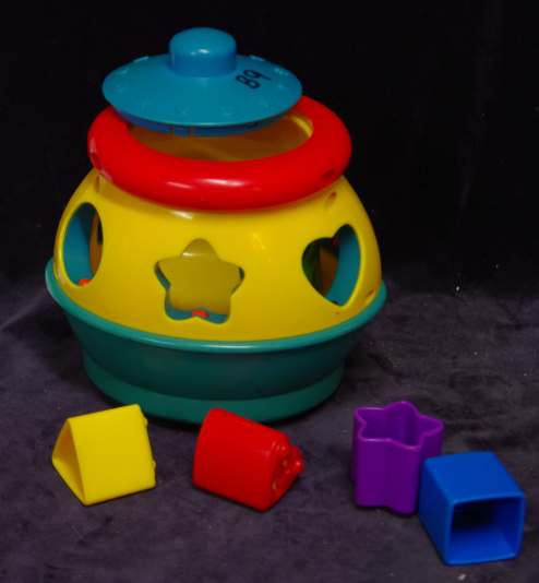B09: Fisher Price Cookie Jar Shapo