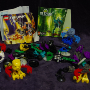 C21: Technic Lego - 3 x `Slizer' Sets
