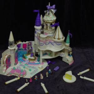 E19: Glitter Princess Castle