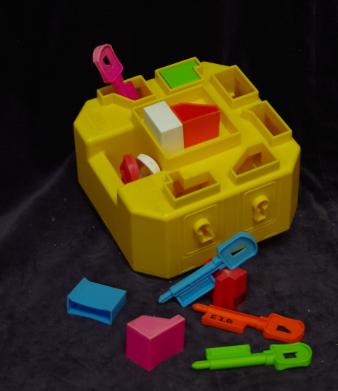 E20: Keys of Learning Shape Sorter Box