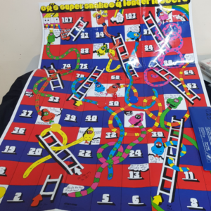 G25: Giant Snakes & Ladders Game