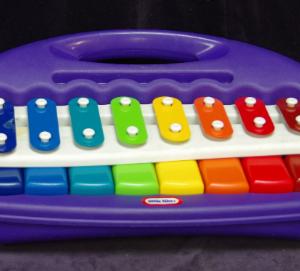 M06: Little Tikes Piano