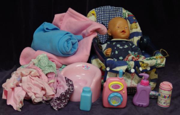 R08: Baby Born set