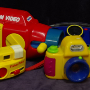 R19: Little Tikes Zoom Video & Fisher-Price cameras