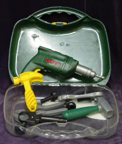 R34: BOSCH Tool Set