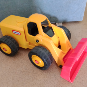 V01: Little Tikes Big Loader